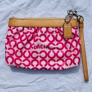 Coach Wristlet - Pink VERY GOOD CONDITION